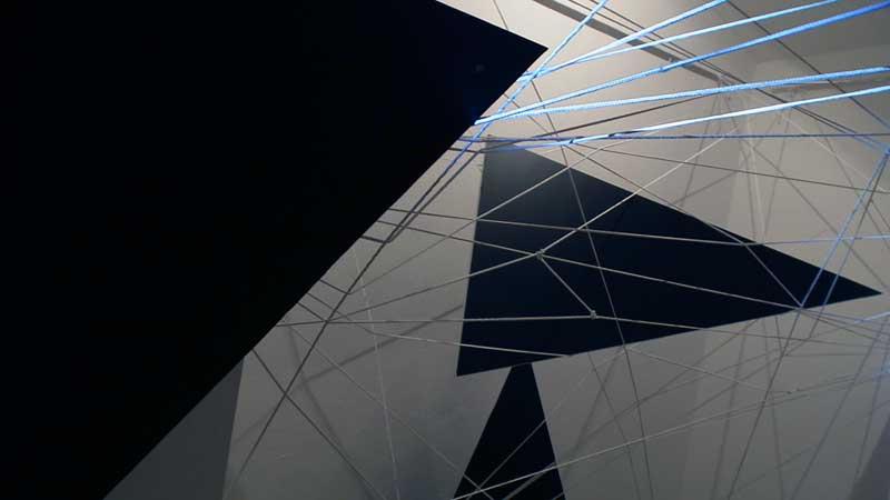 Samostalna izložba / prostorna instalacija Linearni prostori 2011. | Solo Exhibition / Spatial Installation Linear spaces 2011. | © 2011 Konstantin I. Petrovic